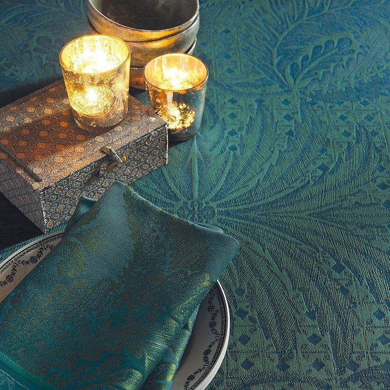 tischdecke isaphire emeraude von garnier thiebaut 174 x 305 cm. Black Bedroom Furniture Sets. Home Design Ideas